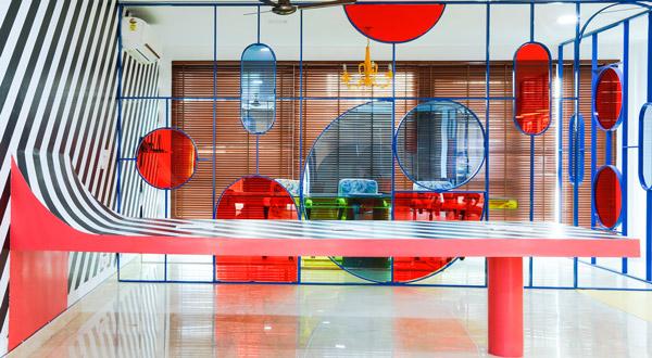 Hiệu ứng tâm lý màu đỏ trong thiết kế nội thất nhà ở