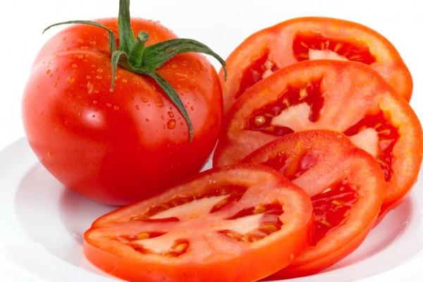 Ăn cà chua bổ sung collagen